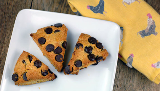 paleo-breakfast-ideas-orange-dark-chocolate-chip-scones-gluten-free-recipe